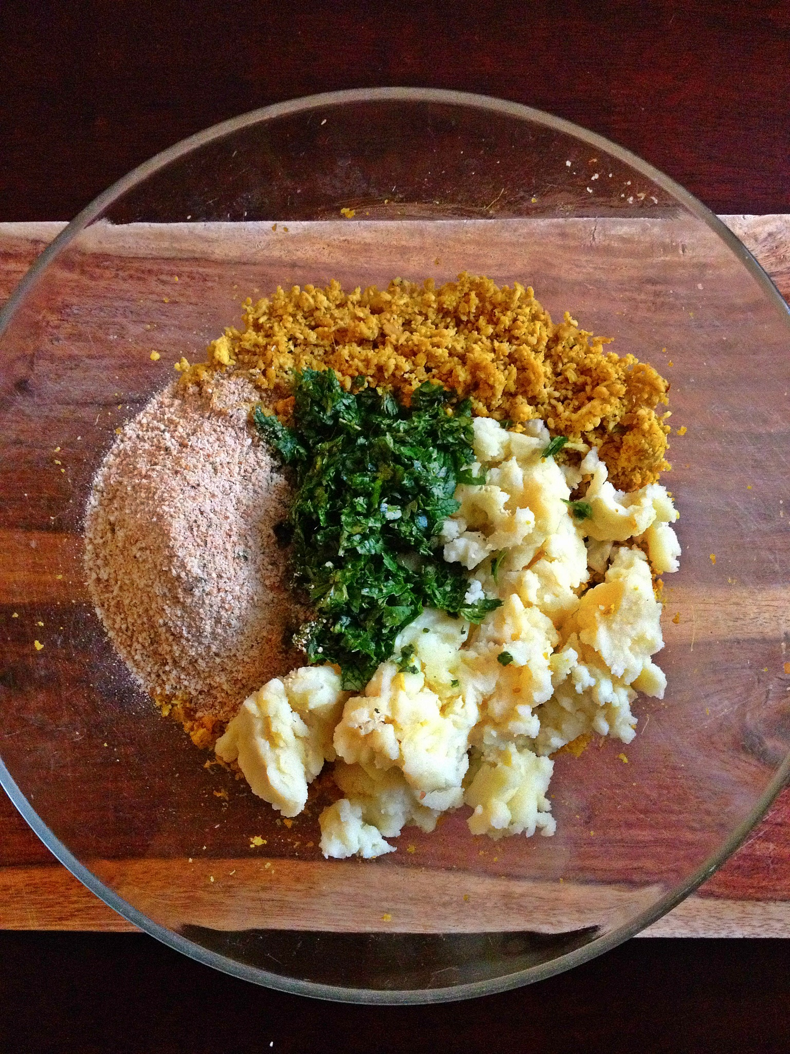 Breadcrumbs, cilantro, mint and lemon juice for leftover Thanksgiving turkey cutlets