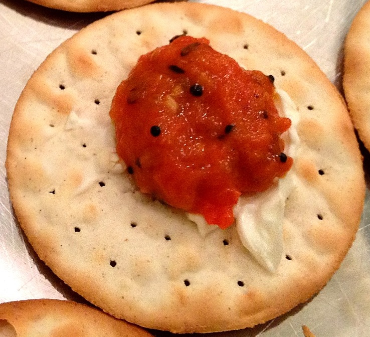Appetizers indian finger food ideas big apple curry indian appetizers south indian style tomato chutney on a cracker forumfinder Images