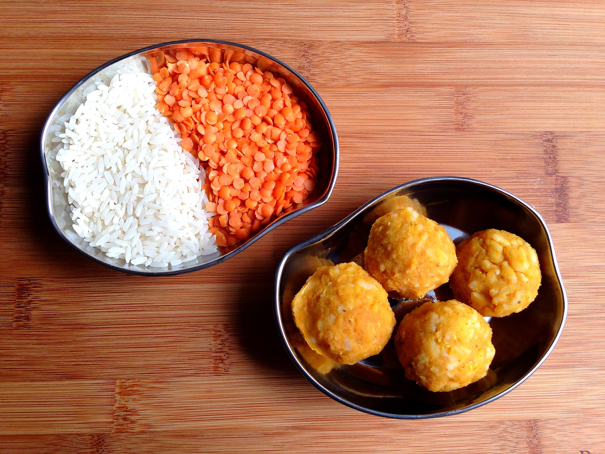 Raw rice and red lentils turned into soft rice and lentil balls for toddlers
